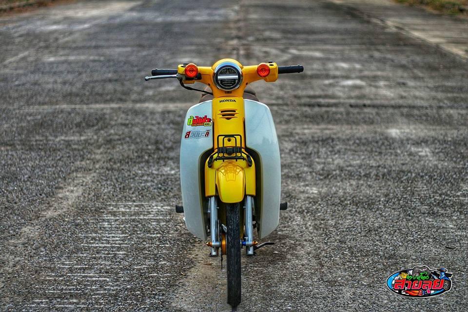 Honda Cub do voi option do choi kieng gia tri cua biker Thailand - 9