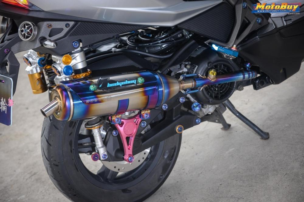 KYMCO RacingS 150 do dang cap voi khoi do choi hieu cua biker xu Dai - 9