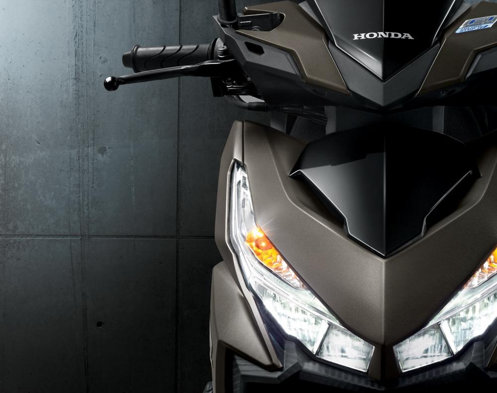 Lo anh den pha LED nghi ngo cua Yamaha R25 moi Vario 150 moi - 6