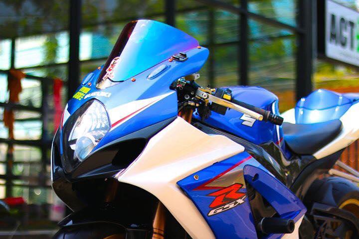 Suzuki GSXR1000 ve dep day suc hut tu ban do full option - 3