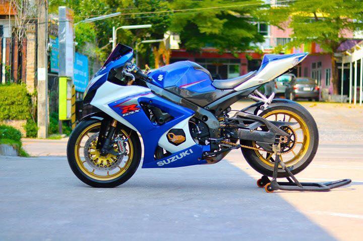 Suzuki GSXR1000 ve dep day suc hut tu ban do full option - 7
