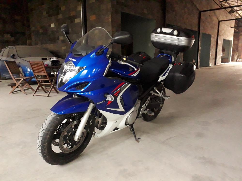 2010 Suzuki GSX650F sport touring da di chi 2500km - 4