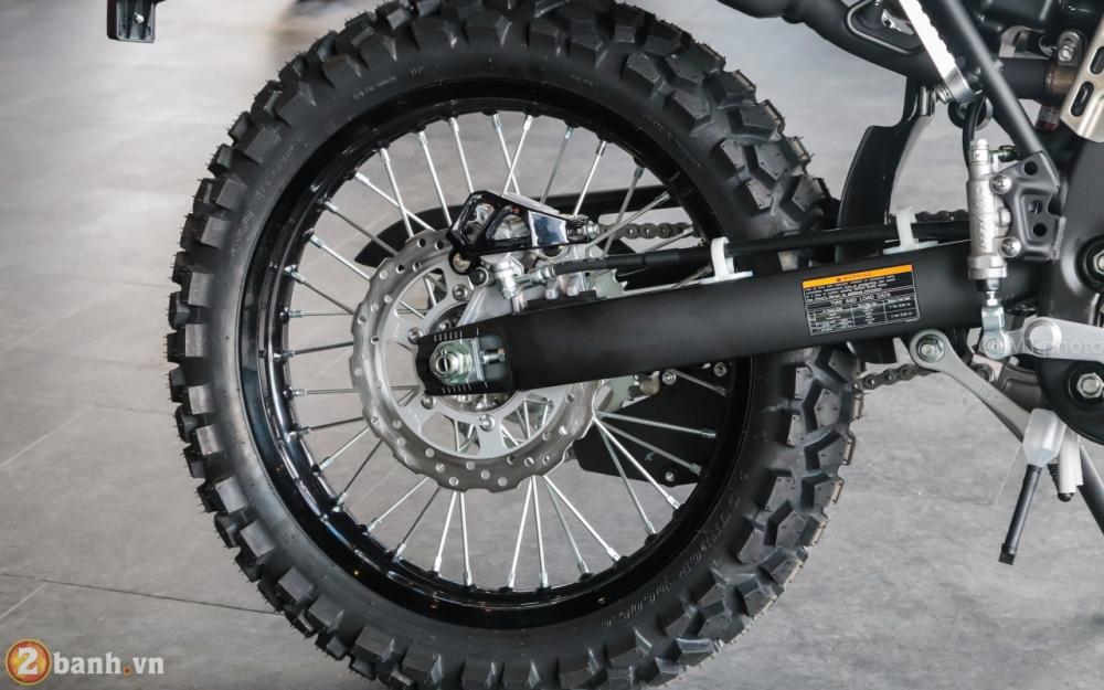 Can canh Kawasaki KLX250 Camo gia 126 trieu dong - 8