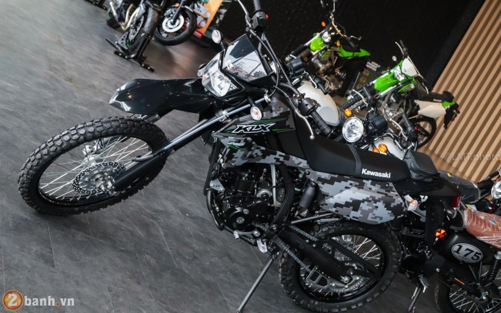Can canh Kawasaki KLX250 Camo gia 126 trieu dong - 11