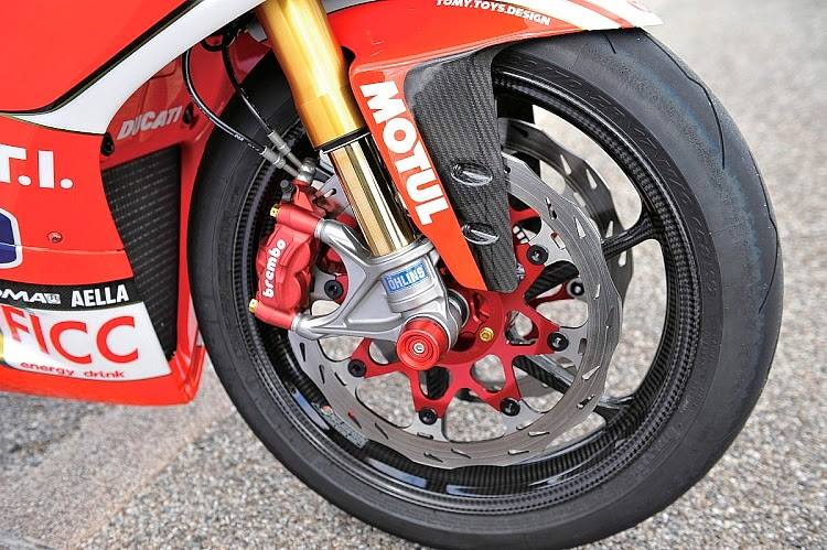 Ducati 1199 Panigale co may mang day cong nghe khoac ao tem dau - 6