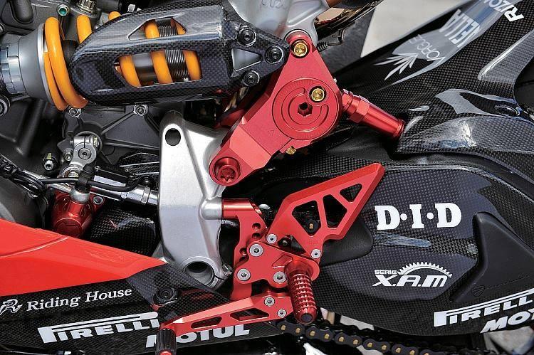 Ducati 1199 Panigale co may mang day cong nghe khoac ao tem dau - 8