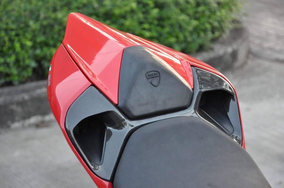 Ducati Panigale 899 do nhe cuc chat den tu Xu chua Vang - 5