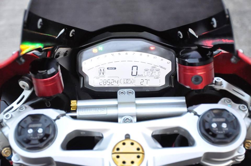 Ducati Panigale 899 do nhe cuc chat den tu Xu chua Vang - 7