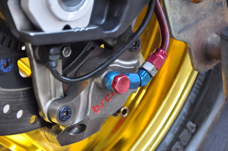 Ducati Panigale 899 do nhe cuc chat den tu Xu chua Vang - 14