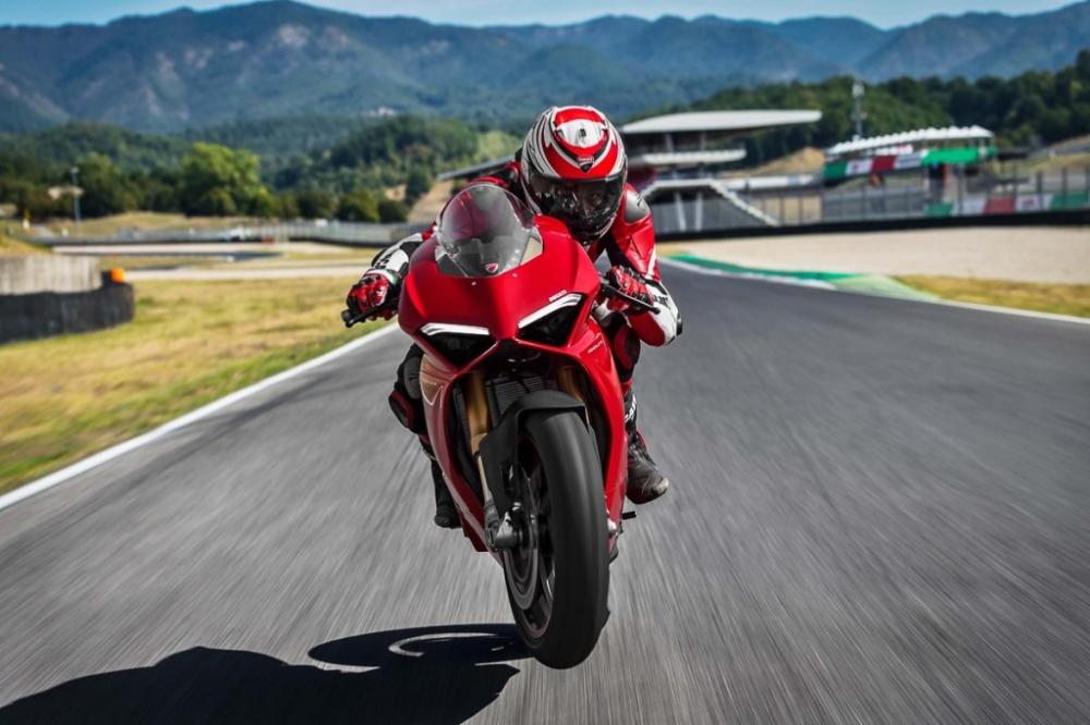 Ducati Panigale V4 2018 dot ngot boc chay khong ro nguyen nhan - 6