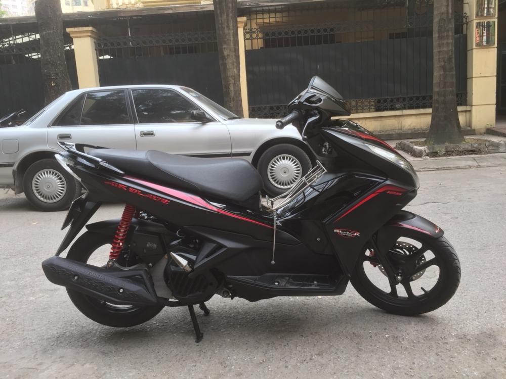 Honda Air blade 125fi Black Edition 2015 den mo chinh chu bien HN