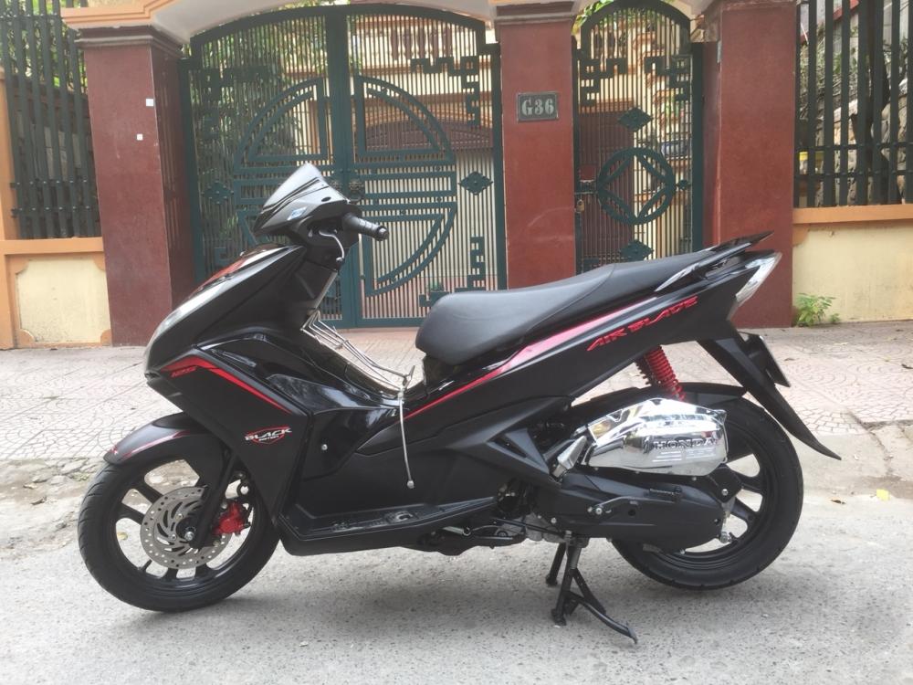 Honda Air blade 125fi Black Edition 2015 den mo chinh chu bien HN - 3