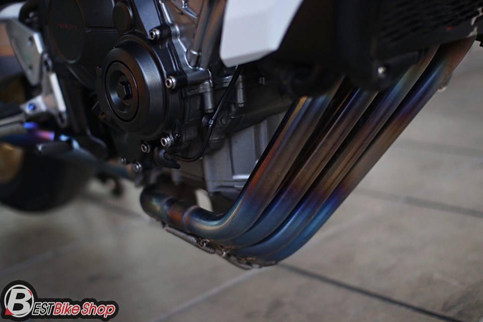 Honda CB650F ban nang cap voi nhieu phu kien an tuong - 11