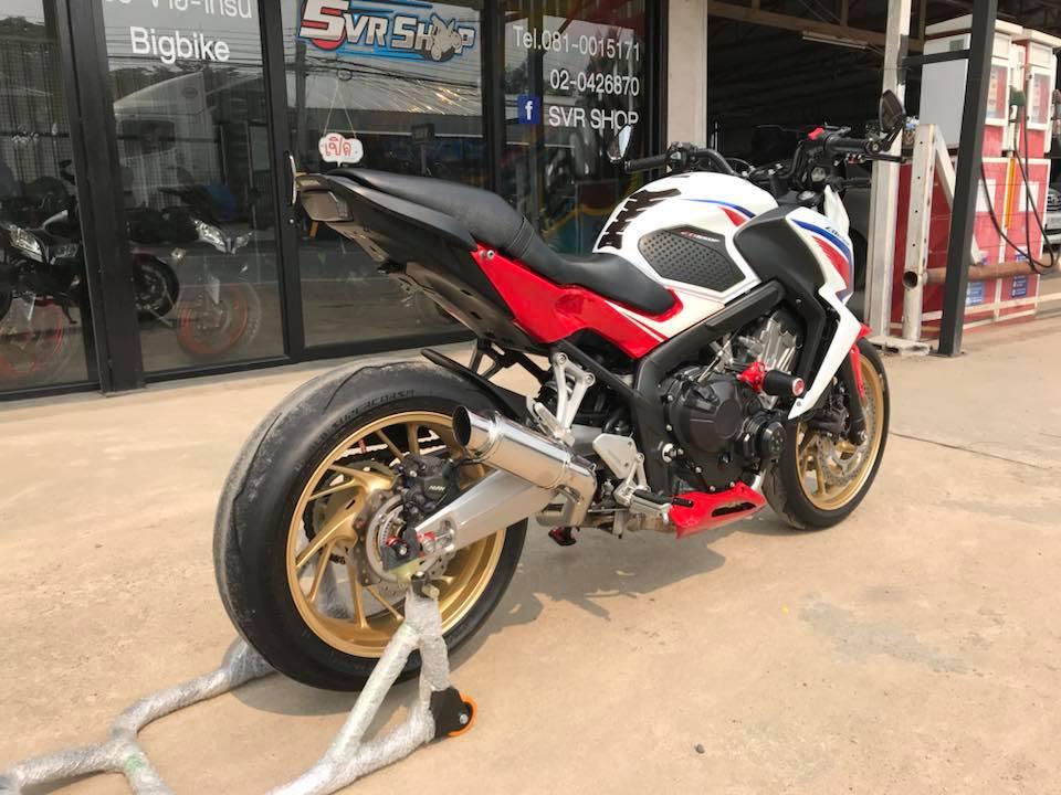 Honda CB650F ve dep phong tran tu mau Nakedbike tam trung - 7