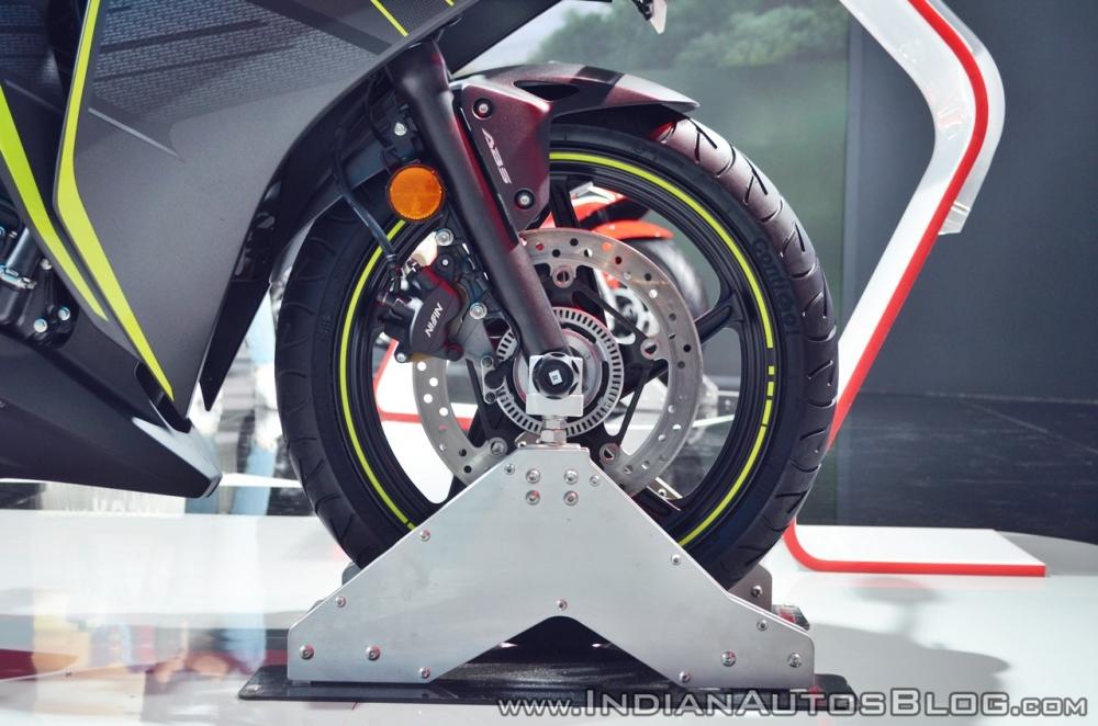 Honda CBR 250R 2018 lo gia cuc hot - 4