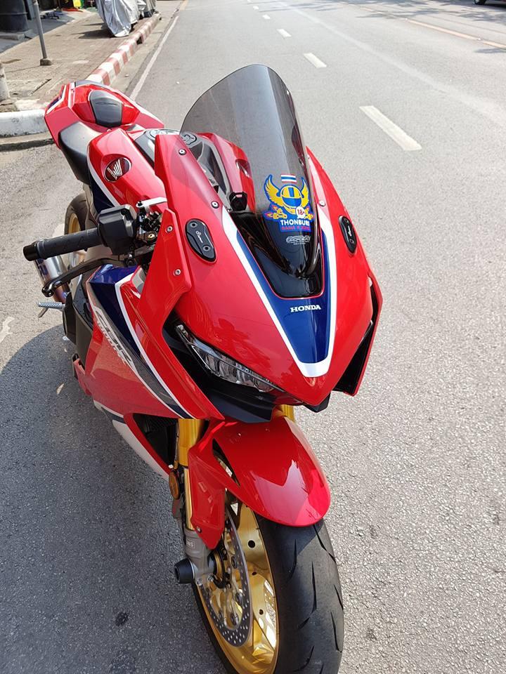 Honda CBR1000RR SP do don gian tu cong nghe do choi - 3