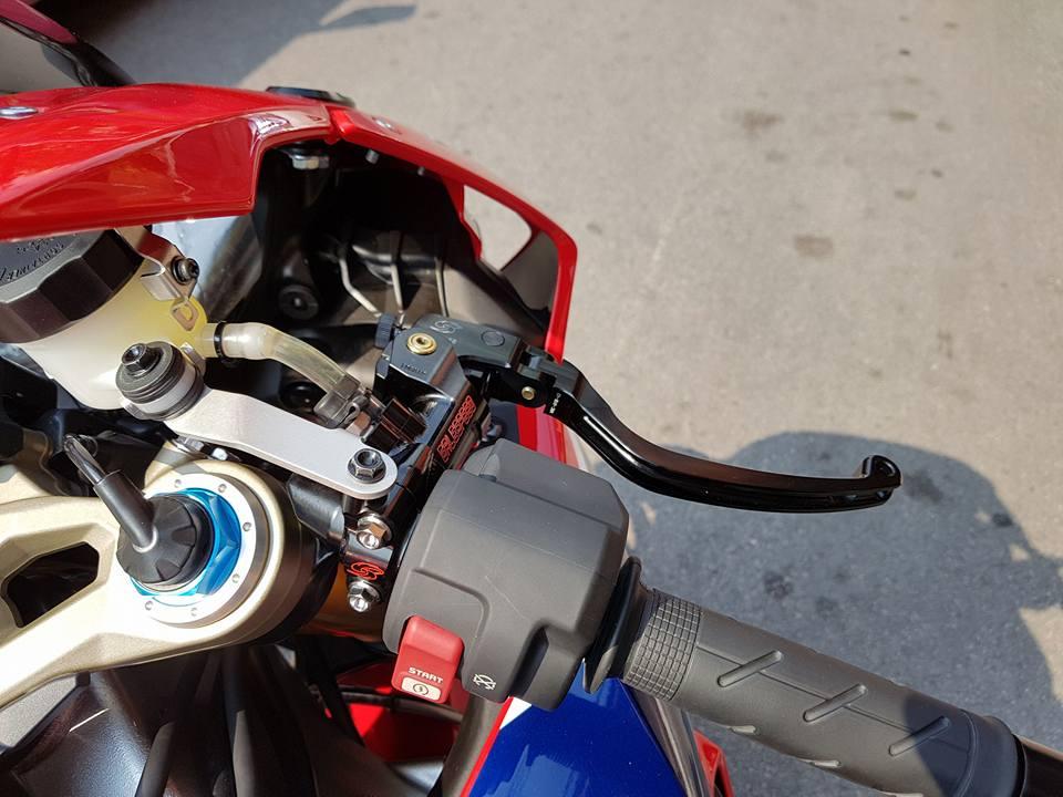 Honda CBR1000RR SP do don gian tu cong nghe do choi - 5