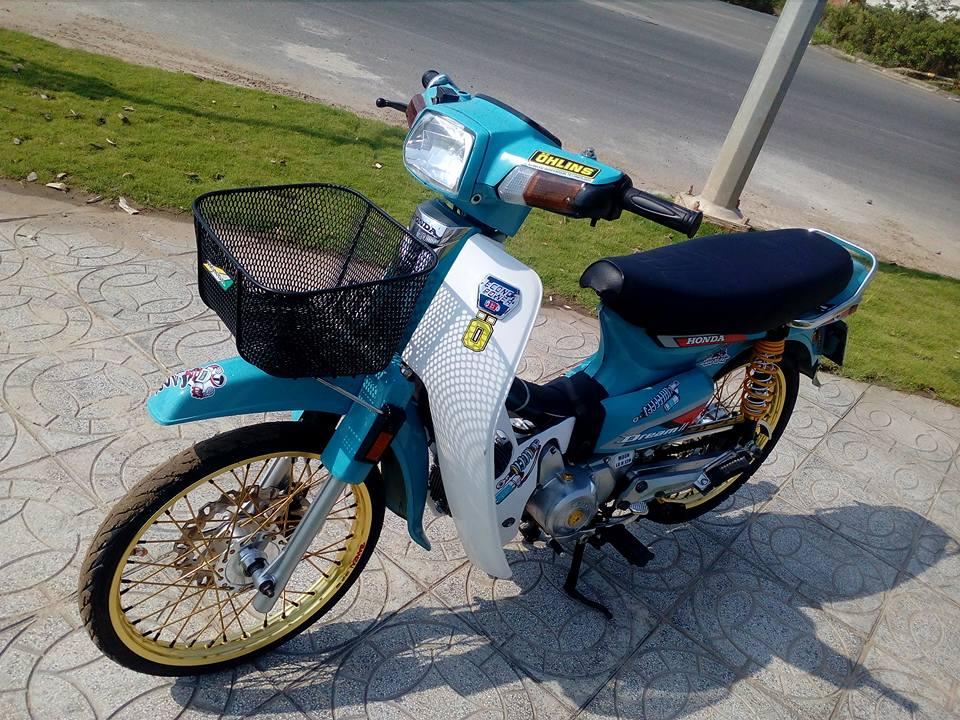 Honda Dream do lot xac manh me voi option do choi dang cap - 9