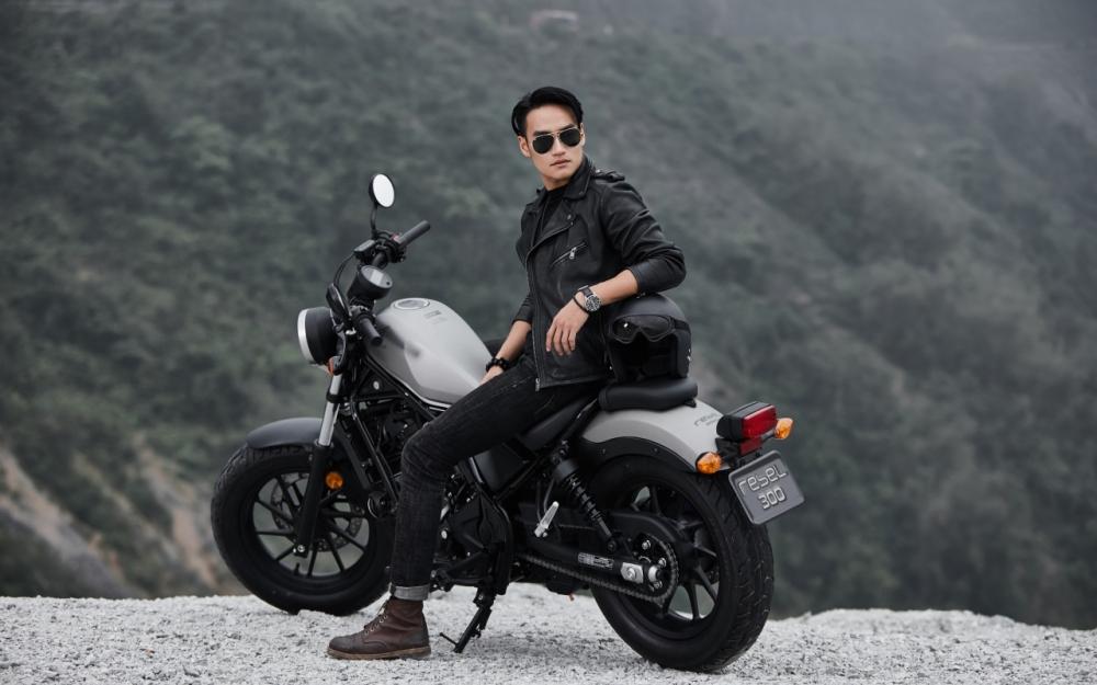 Honda Rebel 300 day phong tran khi do dang cung nguoi mau Nguyen Duy Minh - 6