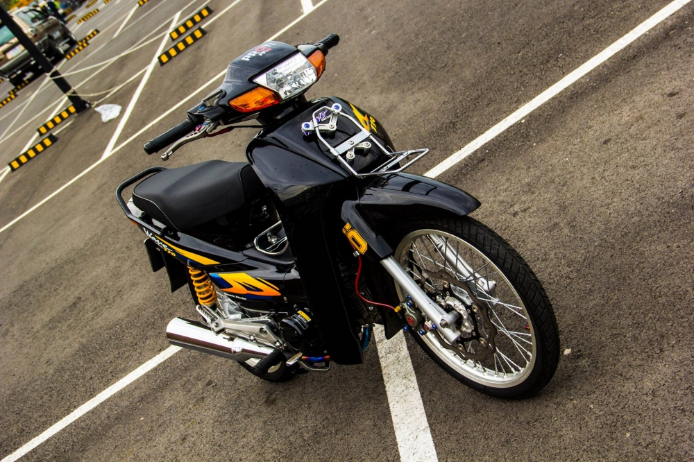 Honda Wave 110 do duoc chu xe chi tren chuc trieu len do choi - 3