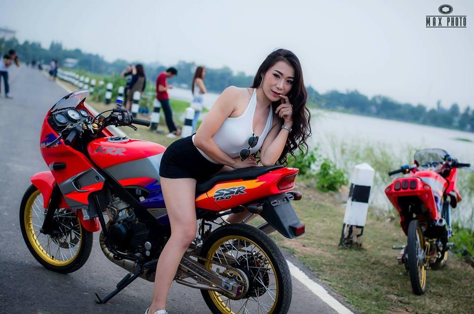Kawasaki Kips 150 do yeu long truoc bong hong sexy cua biker Thailand - 10