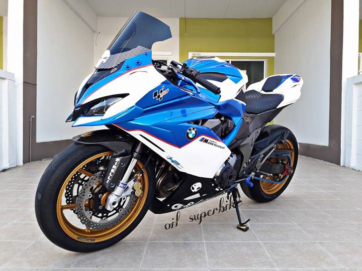 Kawasaki Z800 lot xac khong tuong voi dien mao hoan toan khac biet - 12