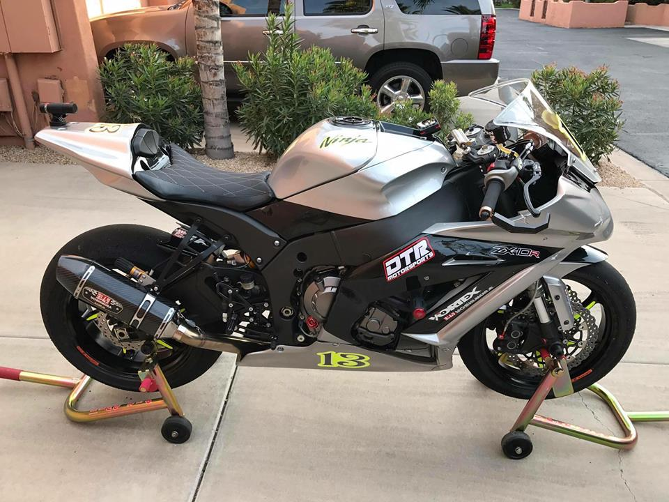 Kawasaki ZX10R chien than duong pho dep hut hon tu option danh gia - 3