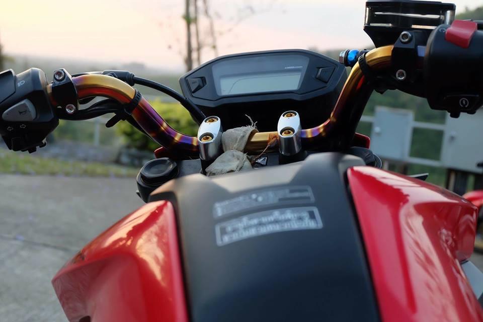 MSX 125 do an tuong voi dan chan sieu mau cua biker Thailand - 4