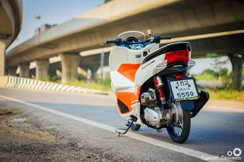 PCX 150 do Drag tao dang ben con duong cao toc cua biker Thailand - 8