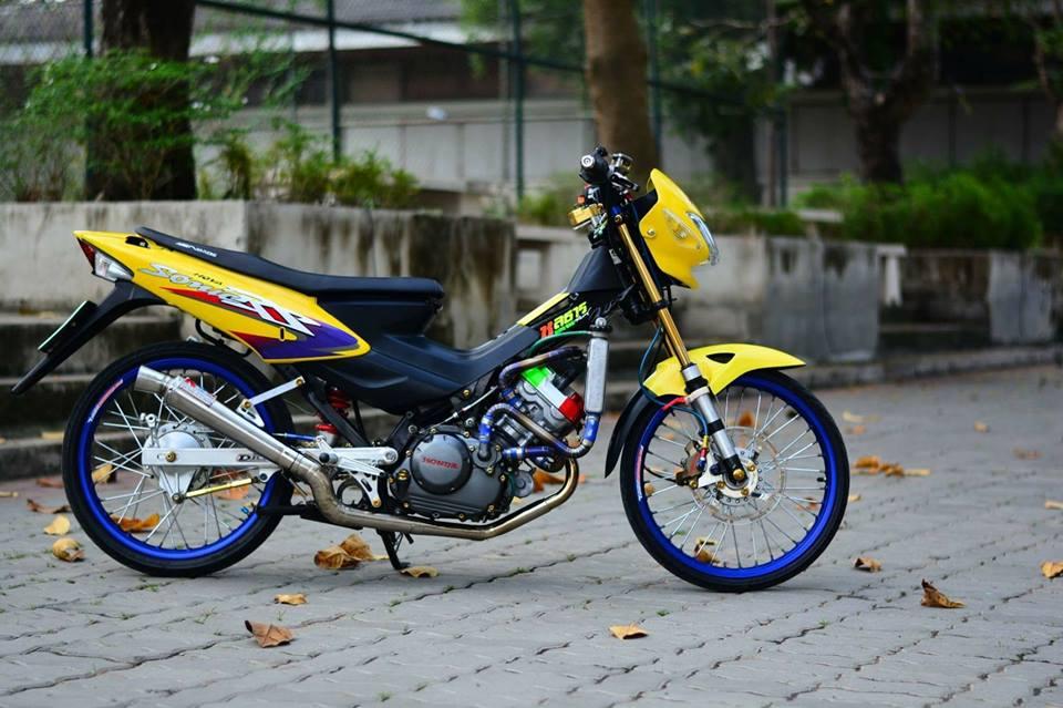 Sonic 125 do chat lu mang ve dep hien dai cua biker nuoc ban - 9