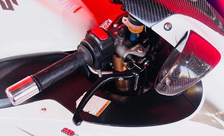 Suzuki Hayabusa Ga beo phi sanh dieu ben option hang hieu - 5