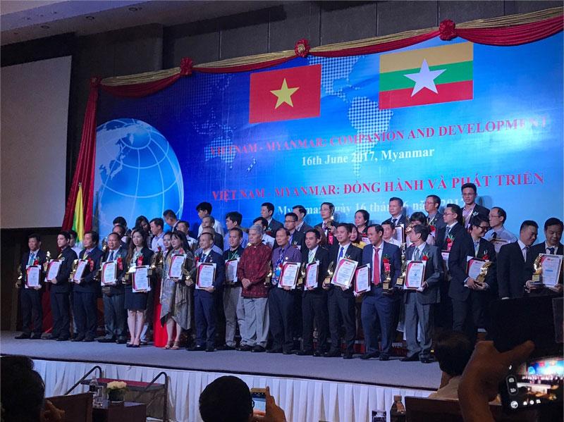 TAP DOAN ELIG VINH DU NHAN GIAI THUONG THUONG HIEU TIEU BIEU DONG NAM A TAI MYANMAR - 2