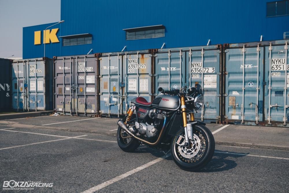 Triumph Thruxton R chan dung hoan hao tu Cafe Racer Legend