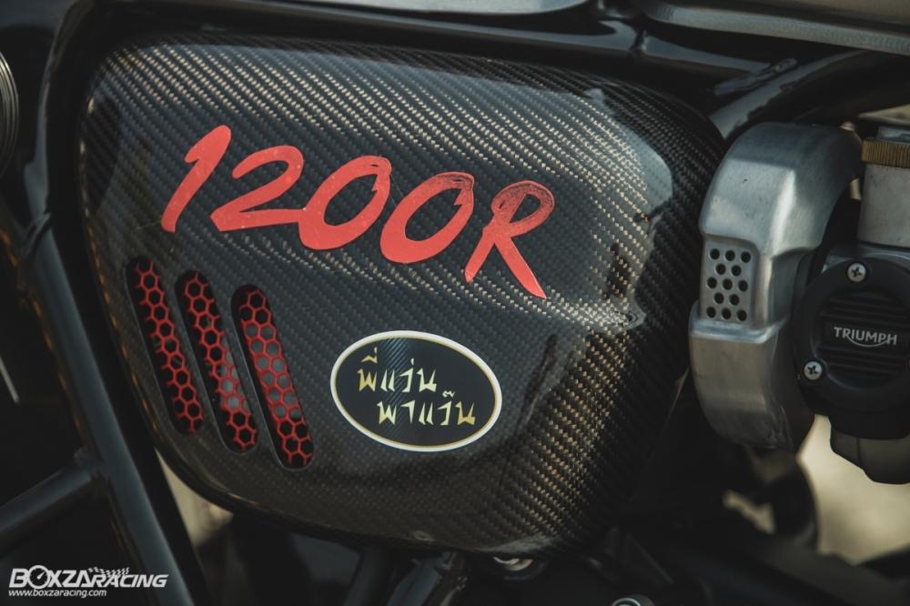 Triumph Thruxton R chan dung hoan hao tu Cafe Racer Legend - 12