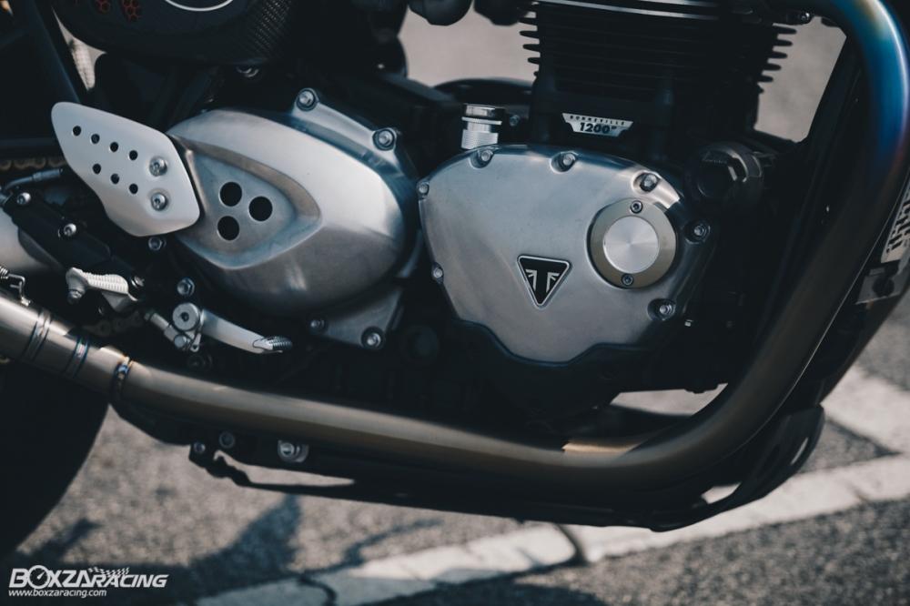 Triumph Thruxton R chan dung hoan hao tu Cafe Racer Legend - 21