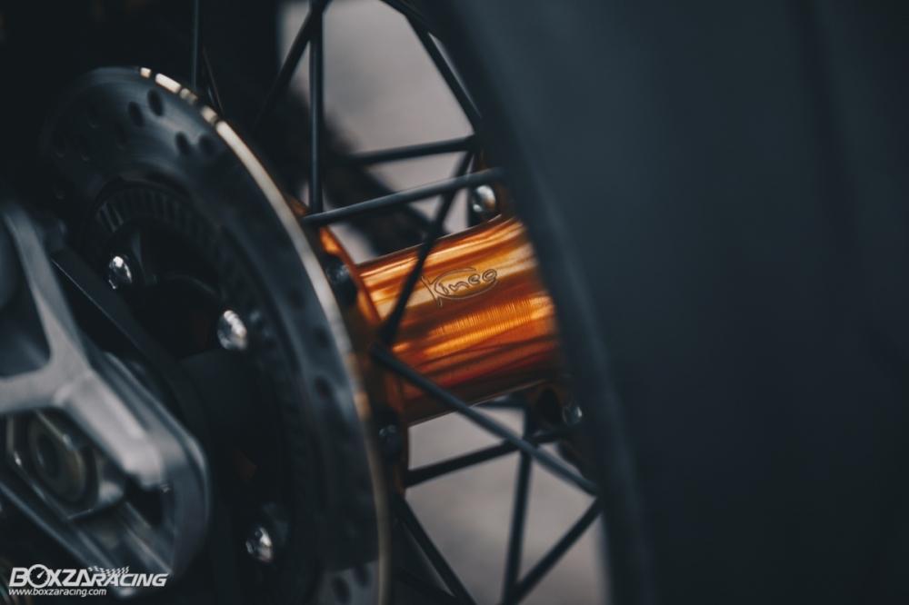 Triumph Thruxton R chan dung hoan hao tu Cafe Racer Legend - 30