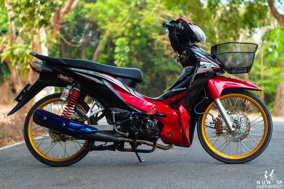 Wave 110 do thu hut moi anh nhin voi loat choi gia tri cua biker Thailand - 3