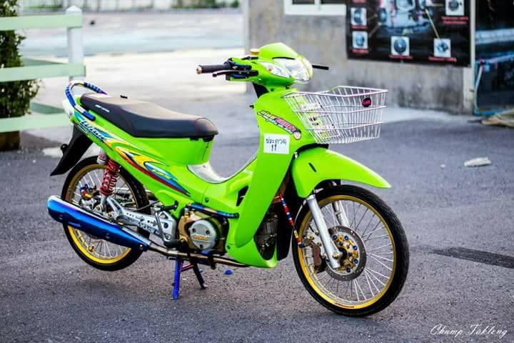 Wave 125i do xa lanh voi tone mau xanh la cua biker xu chua vang - 3