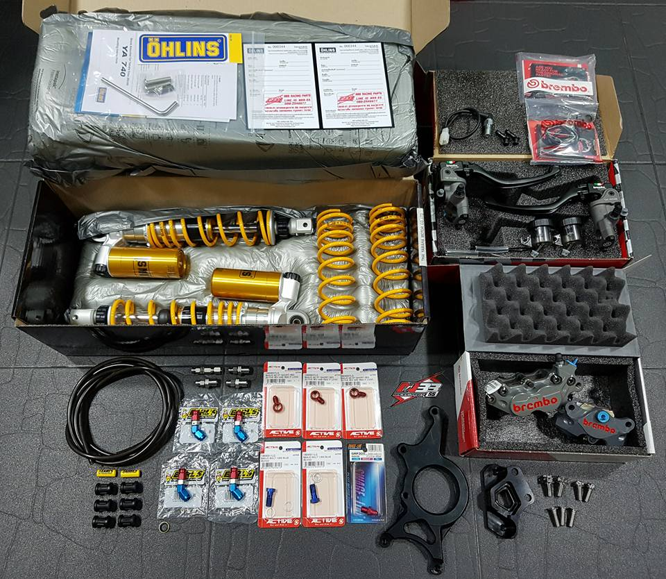 Yamaha XMAX 400 Gao vang dam chat choi den tu Biker Thai
