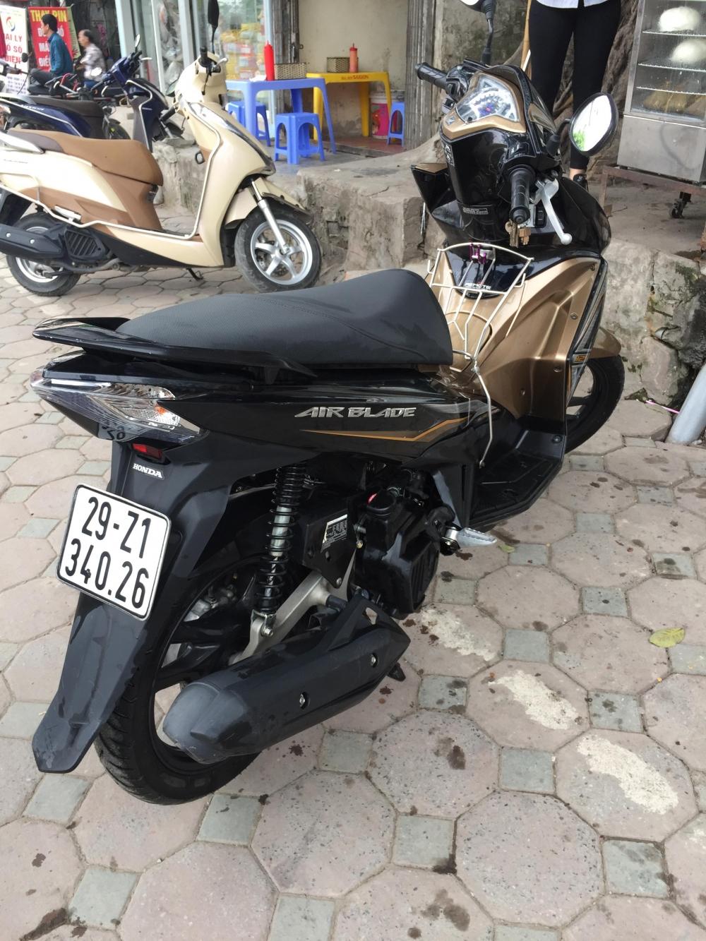 Ban xe Honda Air Blade 2015 bien Ha Noi - 5