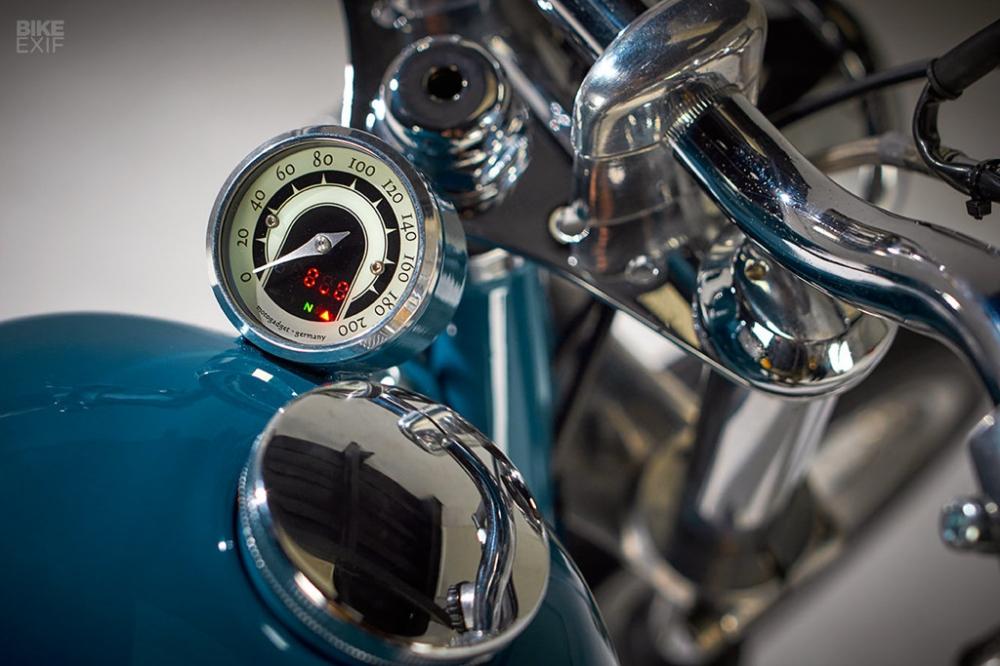 BMW R607 khac biet voi phong cach thap nien 50 - 7