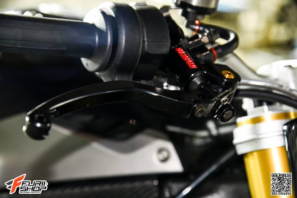 BMW S1000R Ca map con lanh lung ben tone mau den huyen bi - 3