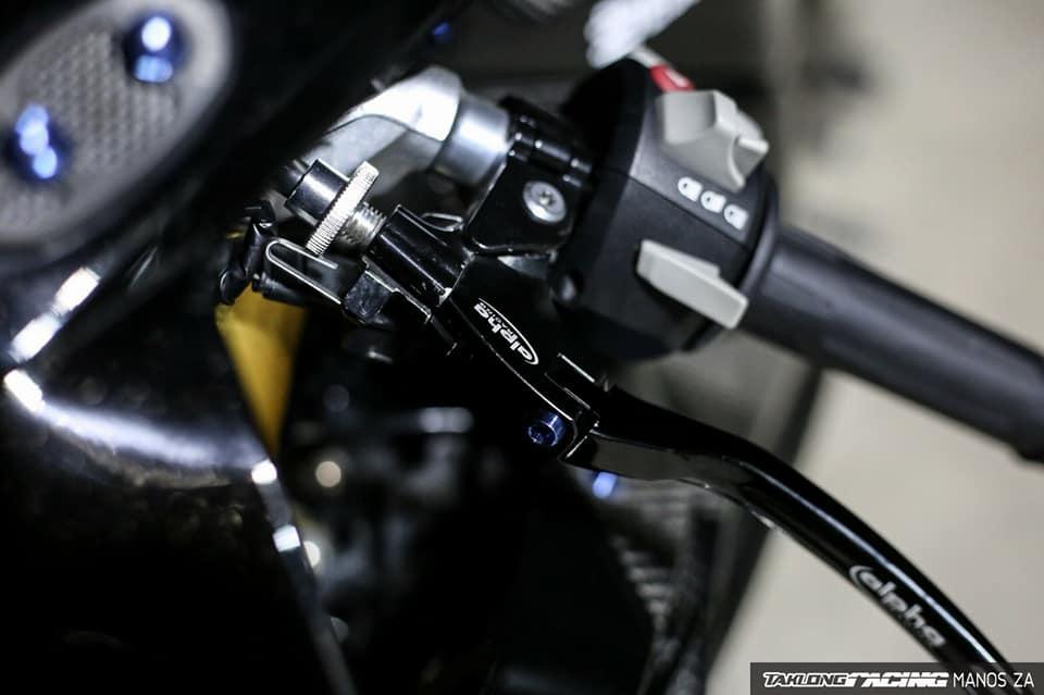 BMW S1000RR Ca map Shark lanh lung trong man dem u tich - 5