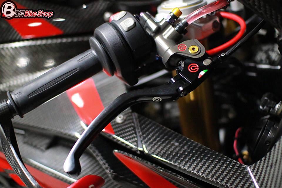 BMW S1000RR ve dep tuyet sac ben cong nghe Carbon - 7