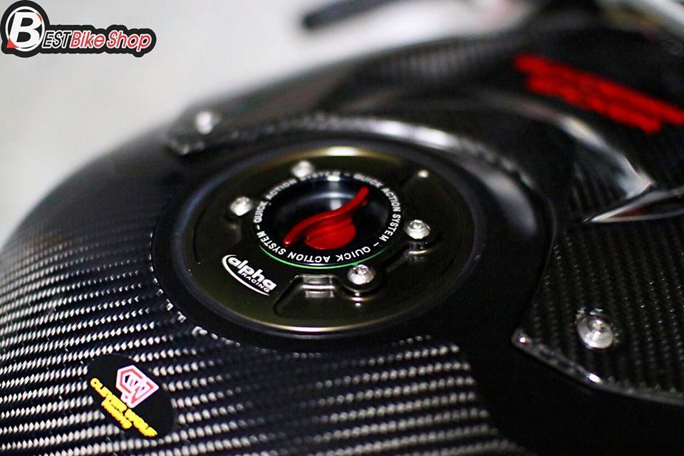 BMW S1000RR ve dep tuyet sac ben cong nghe Carbon - 11