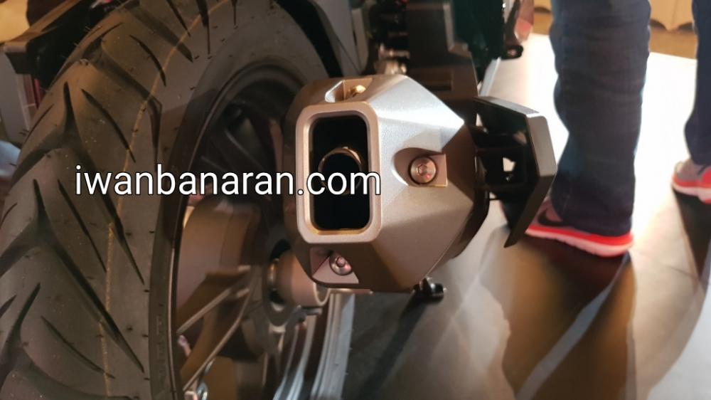 Can canh Vario 150 2018 duoc nang cap thiet ke moi cong suat manh me - 9