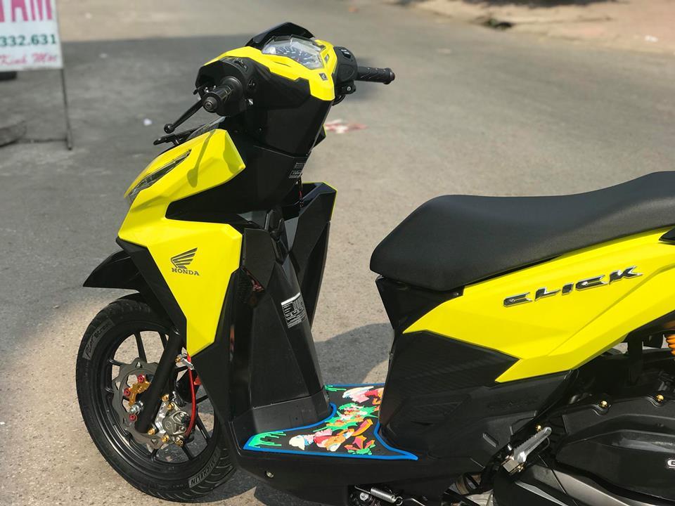 Click 125 do mang tone mau vang sporty noi bat cua biker An Giang - 5
