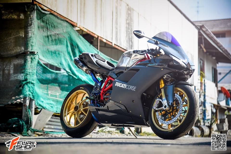 Ducati 848 Evo ve dep mien cuong tu Biker Thai - 11