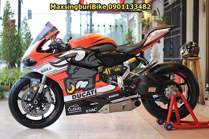 Ducati Panigale 899 ban do dam chat choi ben bo canh Redbull - 11