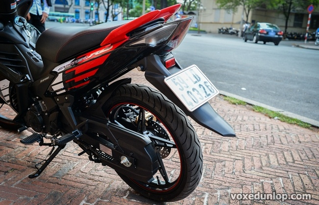 Exciter 135 thay vo 12070 cho banh sau co duoc khong